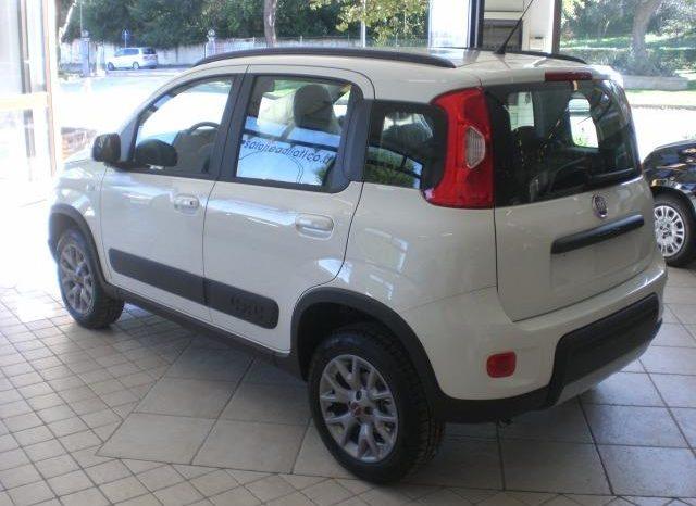 0330673595004-640x466 Fiat Panda 0.9 TwinAir Turbo S 4x4
