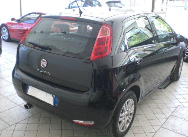 CIMG4642-640x466 Fiat Punto 1.2 8v LOUNGE 5 porte
