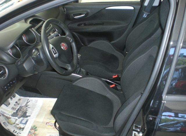 CIMG4645-640x466 Fiat Punto 1.2 8v LOUNGE 5 porte