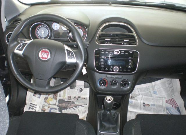 CIMG4648-640x466 Fiat Punto 1.2 8v LOUNGE 5 porte