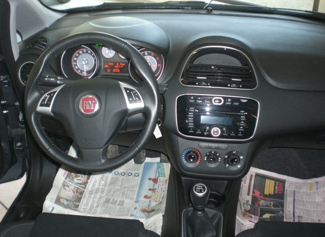 CIMG5236-640x466 FIAT PUNTO LOUNGE GPL 5 PORTE