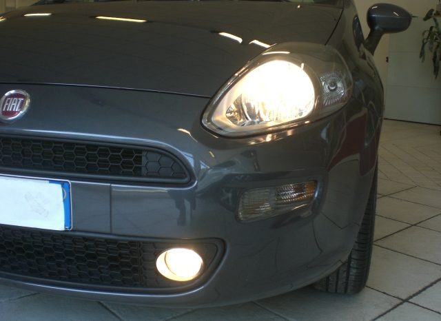 CIMG5240-640x466 FIAT PUNTO LOUNGE GPL 5 PORTE