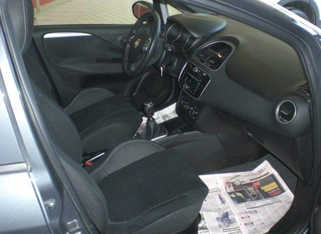 CIMG5242-640x466 FIAT PUNTO LOUNGE GPL 5 PORTE