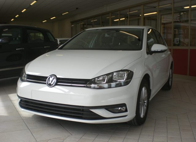 CIMG5403-640x466 Volkswagen Golf VII Nuovo Modello 1.6 TDI 115cv 5 p. Business + App Connect