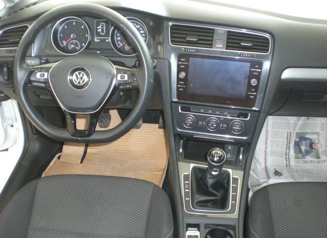 CIMG5409-640x466 Volkswagen Golf VII Nuovo Modello 1.6 TDI 115cv 5 p. Business + App Connect