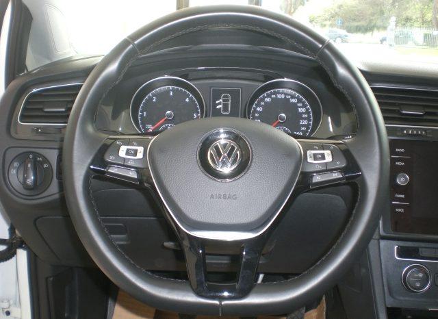 CIMG5410-640x466 Volkswagen Golf VII Nuovo Modello 1.6 TDI 115cv 5 p. Business + App Connect