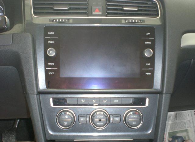 CIMG5411-640x466 Volkswagen Golf VII Nuovo Modello 1.6 TDI 115cv 5 p. Business + App Connect