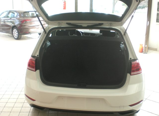 CIMG5415-640x466 Volkswagen Golf VII Nuovo Modello 1.6 TDI 115cv 5 p. Business + App Connect