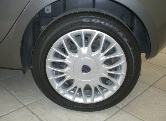 CIMG5650-640x466 Lancia Ypsilon 1.2 69cv GPL  Ecochic Gold 5 posti