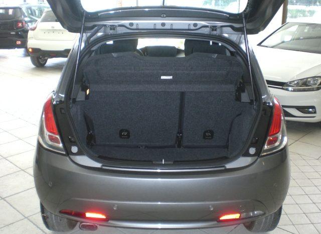 CIMG5651-640x466 Lancia Ypsilon 1.2 69cv GPL  Ecochic Gold 5 posti