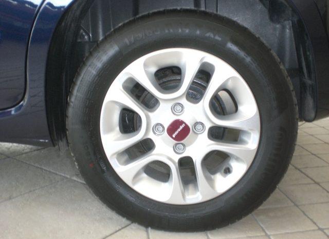 CIMG5659-640x466 Fiat Panda 1.2 Lounge Easypower GPL Cerchi+Blue tooth+Pred Navi+5° posto