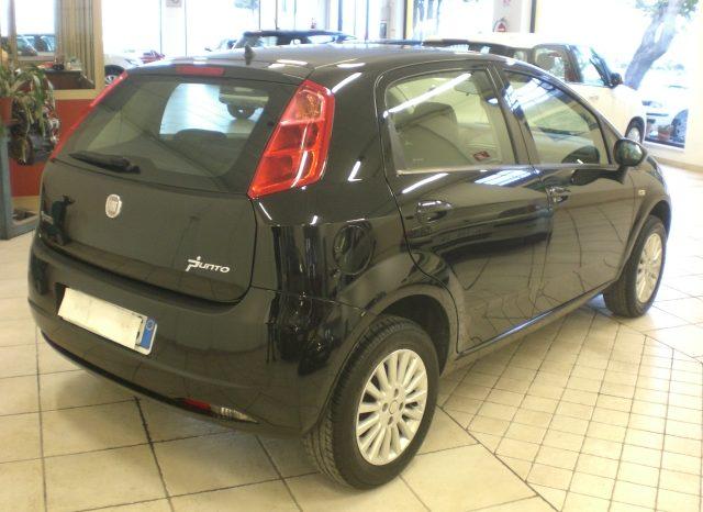 CIMG5781-640x466 Fiat Grande Punto 1.4 Dynamic 5 Porte Natural Power (Metano dalla casa)