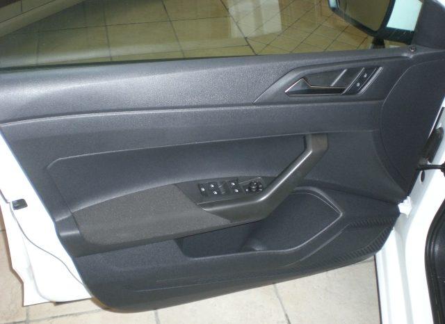 CIMG5976-640x466 Volkswagen POLO 1.0 75cv Blue Motion  Comfortline