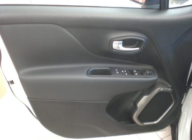 CIMG6125-640x466 Jeep Renegade 1.6 Mjt 120cv LIMITED MY19 km0 Ad-Blue + Car Play