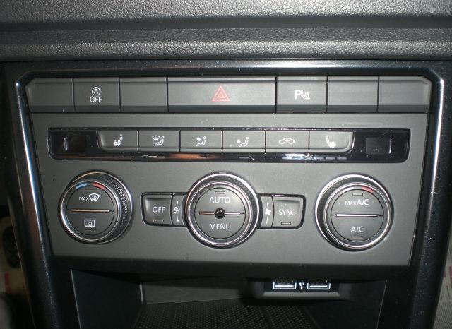CIMG6536-640x466 Volkswagen T-ROC 1.6 TDI 116cv Style NAVI+5ANNI GARANZIA