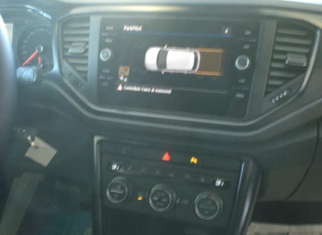 CIMG7254-640x466 Volkswagen T-Roc 1.6 TDI 116cv Business+NAVI+WINTER PACK+5 ANNI GARANZIA