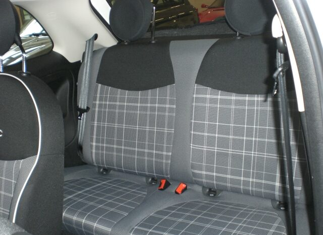CIMG7505-640x466 Fiat 500 1.2 Lounge TETTO PANORAMICO (PER NEOPATENTATI)